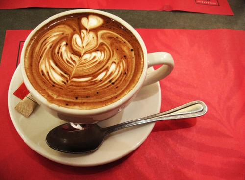 In der Café-Ecke von Café-Besuchen träumen …